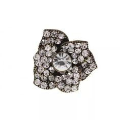 ❣SALE❣ Burnish gold tone stretchable flower ring with clear crystals.  Flower is approx. 1.75 inches in diameter. Jewelry Rings