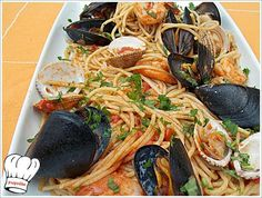 Spaghetti with seafood (Fisherman) ! Seafood Recipes, Cooking Recipes, Greek Easter, Greek Beauty, Special Recipes, Dessert Recipes, Desserts, Greek Recipes, Japchae