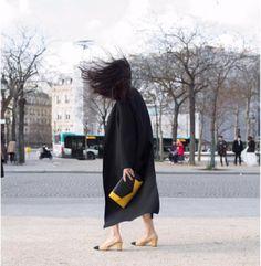 It's nice to be back! Paris is always a good idea   Get Yliana's look at www.ylianayepez.com   #YYSeries #YYScarlett #YYHandbags #PFW #YYStyle