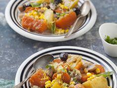 pomme de terre, oignon, carotte, citrouille, ail, champignon de Paris, olives, maïs, bouillon, eau, crème liquide, thym, persil, poivre...