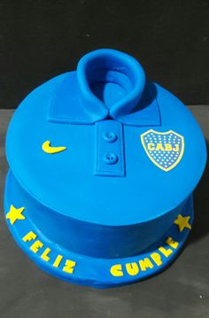 Torta camiseta de Boca!!!! Sports Party, 10th Birthday, Cakes, Desserts, Easy Birthday Desserts, White Cake Recipes, Cooking, Teen Cakes, Kitchens