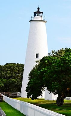 11# > ✮ This is the historical Ocracoke Lighthouse, located on the beautiful island of Ocracoke, North Carolina