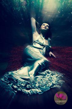 Filmstar Hollywood Styling - Cinderalice Fotoshooting - Vintage Mode - Vera Wang Kleid