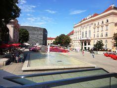MuseumsQuartier - Viena - Áustria.