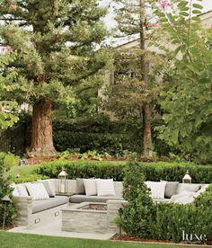 Sunken garden seating area yards ideas for 2019 Outdoor Seating Areas, Outdoor Rooms, Outdoor Gardens, Outdoor Decor, Lounge Seating, Lounge Areas, Seating Area In Garden, Outdoor Living Spaces, Outside Seating Area