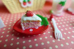 Strawberry Cake | Flickr - Photo Sharing!