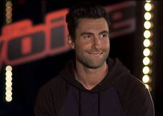 Adam Levine [such a cute and dorky smile] Pop Rock Bands, Cool Bands, How To Feel Beautiful, Beautiful Men, Beautiful People, Lip Biting, Hey Good Lookin, Adam Levine, Maroon 5