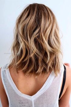 Hairstyles for medium length hair look especially flattering when they are wavy,… Hairstyles for medium length hair look especially flattering when they are wavy, and a beach wavy hairstyle is one of the trendiest options this s .. http://www.nicehaircuts.info/2017/05/23/hairstyles-for-medium-length-hair-look-especially-flattering-when-they-are-wavy-2/