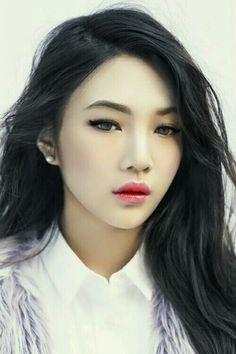 Red Velvet Joy makeup edit by @Joysaegyotho