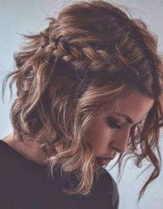 Tendance Vernis : Coiffure simple demoiselle dhonneur  Coiffure simple : 20 jolies idées pour les filles pressées  Elle