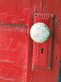 the red door, via Flickr.