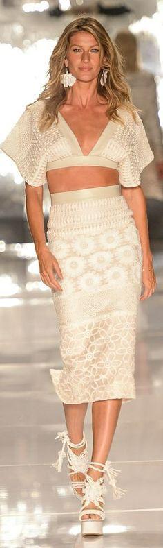 //Colcci RTW Summer 2015 - Sao Paulo #fashion #womenswear #runway #accessories
