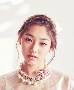 JELLYFISH ENTERTAINMENT Kpop Girl Groups, Korean Girl Groups, Kpop Girls, My Beauty, Asian Beauty, Korean Girlfriend, Jung Chaeyeon, Jellyfish Entertainment, Cosmic Girls