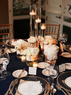 navy blush and gold wedding centerpiece