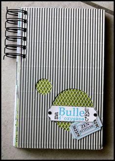 "Tuto du mini ""Bulle d'oxygène"" de http://aurelei90.over-blog.com/article-mini-album-bulle-d-oxygene-ft-51873316.html"
