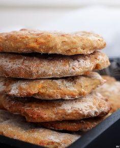 HELPOT PORKKANALEIPÄSET - Kaakao kermavaahdolla Salty Foods, Salty Snacks, Easy Delicious Recipes, Tasty, Yummy Food, No Bake Snacks, No Bake Treats, Baking Recipes, Dessert Recipes