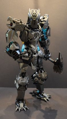 Orokorai by Ben V. Bionicle Heroes, Lego Bionicle, Robot Lego, Robots, Anime Elf, Lego Machines, Lego Knights, Amazing Lego Creations, Video Game Anime
