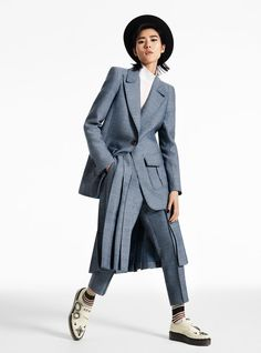 Liu Wen Takes On Menswear Inspired Looks for InStyle Liu Wen, Androgynous Women, Androgynous Fashion, Style Androgyne, Suit Fashion, Womens Fashion, Girl Fashion, Mode Costume, Outfits With Converse