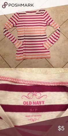 Cute long sleeve top by old navy Cute long sleeve top by old navy size small Old Navy Tops Tees - Long Sleeve