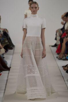 Le défilé haute couture 945 Sala Bianca de Valentino