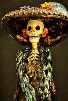 La Catrina Negra - Classic Dia De Los Muerta - Multi-colored Catrina - Black Dress | Heart of Mejico