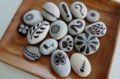 Piedras de río pintadas a mano