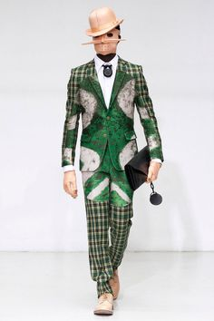WALTER VAN BEIRENDONCK AUTUMN/WINTER 2012