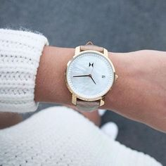 Gold Pearl Leather | MVMT Watches