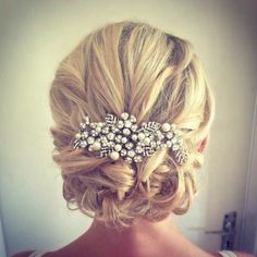 Vintage loose bridal wedding blonde hair http://scorpioscowl.tumblr.com/post/157435449850/2014-short-hair-with-bangs-short-hairstyles-2017
