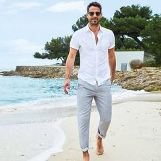 photos of mens wedding suits Mens Casual Beach Wedding Attire, Summer Wedding Attire, Beach Attire, Outfit Strand, Summer Outfits Men, Beach Outfits, Beach Outfit For Men, Men Beach, Rehearsal Dinner Outfits