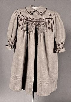 Aesthetic Movement, hand smocked natural linen child's smock ... c. 1880-90s