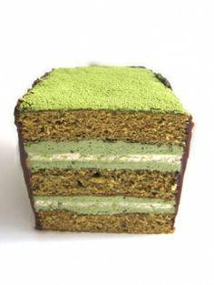 Matcha Dacquoise Cake