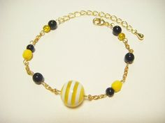 Yellow and black bracelet yellow and black beaded by Coloramelody