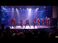 Pitch Perfect - The Treblemakers Perform Right Round [1080p Trailer]