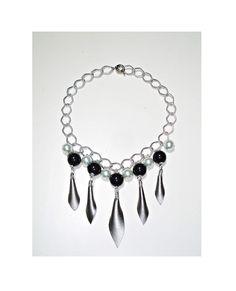 Collana girocollo donna, collier boho chic color argento con pendenti, regalo per lei - Silver necklace/choker with pendants di ArtMadeBijoux su Etsy