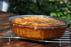 Prajitura greceasca | Retete culinare cu Laura Sava Macaroni And Cheese, Deserts, Pudding, Ethnic Recipes, Mai, Food, Mac And Cheese, Desserts, Eten