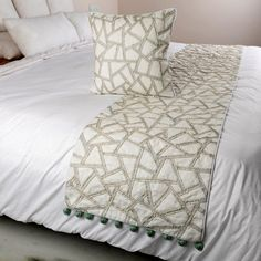 King / Queen / Twin White & Blue Bed Runner with Decorative Throw Pillow Cover Linen and Jute Embroidery, Modern Contemporary-Lost In a Maze