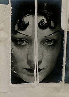Kiki de Montparnasse, Man Ray 1922