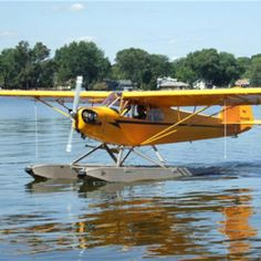 Piper Cub with floats