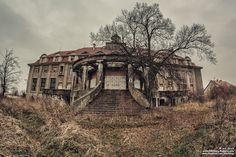 Wioletta Kozłowska: Pałac w Bełczu Wielkim