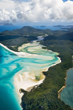Aerial picture of the Whitehaven beach, Hamilton island. - Aerial picture of the Whitehaven beach, Hamilton island. Oh The Places You'll Go, Places To Travel, Travel Destinations, Places To Visit, Most Beautiful Beaches, Beautiful Places, Stunningly Beautiful, Romantic Places, Beautiful Islands