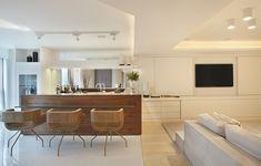 Varanda integrada à sala de estar, bar em Nogueira