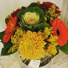 awesome vancouver florist #fineflowers #flowergift #flowershop #uniquedesigns #cabbageplant #roses #mustardplant #flowerarrangement #sofresh #dunbarlife #vancouverisawesome by @gardenia.florists  #vancouverflorist #vancouverflorist #vancouverwedding #vancouverweddingdosanddonts