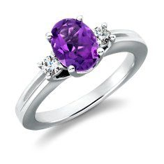 Amethyst and diamonds, purple is my favorite color. What a gorgeous way to show it.