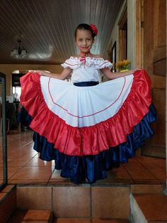 Niños mostrando orgullosos el traje tipico de Costa Rica!!vma. Cuban Dress, Culture Day, World Thinking Day, Mexican Dresses, School Events, Girl Scouts, Cheer Skirts, Dress Up, Style Inspiration