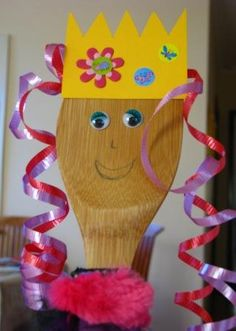 Last year I made Purim puppets which were paper pictures of the main characters stuck onto popsticks. Last week I was walking through my supermarket, not even thinking about Purim, when I saw they… Feast Of Purim, Jewish Crafts, Church Crafts, Bible Story Crafts, Kids Church, Church Camp, Church Ideas, Crafts For Kids To Make, Kids Crafts
