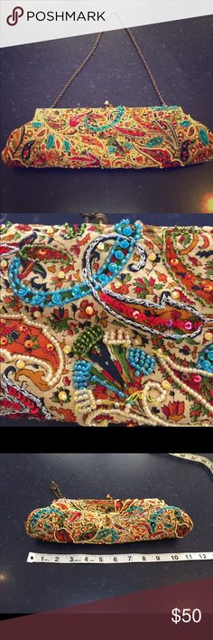 Antique Indian bag beautiful Multicolor Sequins Antique Indian beaded bag in a beautiful Multicolored Sequins   Very dedicate and fragile as very old truly beautiful. Bags Mini Bags