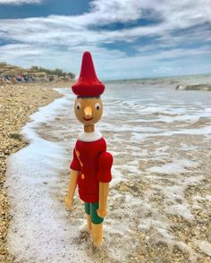 Me at vacation 🏖 Halkidiki Greece, Saul Leiter, Elf On The Shelf, Vacation, Adventure, Holiday Decor, Illustration, Home Decor, Vacations