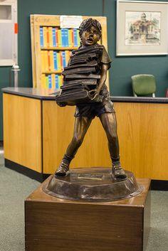 Statue in the Flint, Michigan Public Library