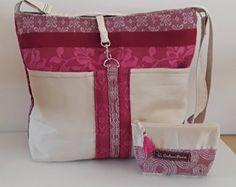 Sac bandoulière femme, sa porte monnaie assorti,sac à main, fourre tout,suédine écrue et tissu variation de  rose ,fuchia, bordeaux,bohème